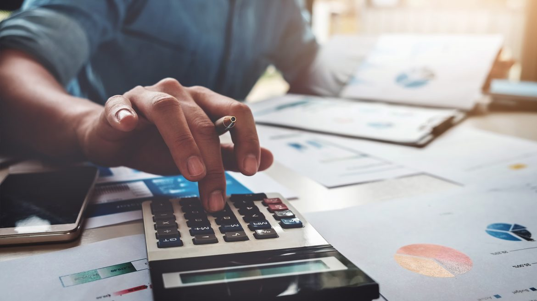 analytical_finance